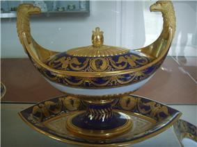 Museo delle porcellane di Firenze, servizio di elisa baciocchi, sevres, 1809-1810 03.JPG