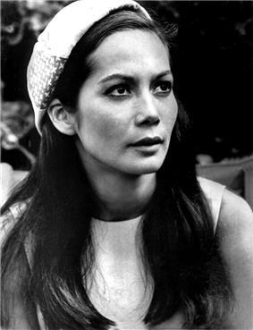 Nancy Kwan - 1971.jpg