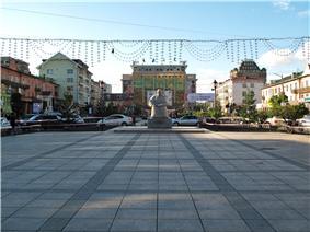 Near sports palace (7156083393).jpg