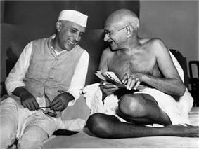 Jawaharlal Nehru sharing a joke with Mahatma Gandhi, Mumbai, July 6, 1946