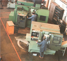 CNC machine tools in Manufacturing Services Workshop during NEL's 40th Anniversary Open Days 1988.