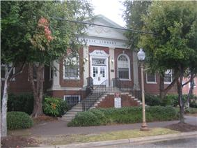 Newport News Public Library