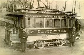 Old fashion photo of an old fashion trolley