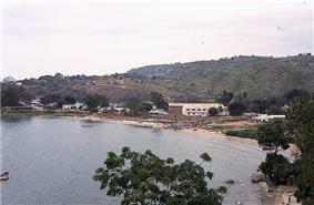 The town sits on the flat between the hills and Lake Malawi