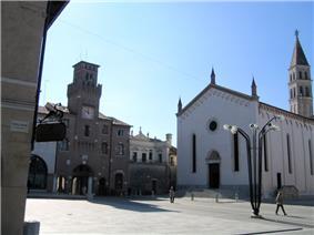 Piazza Grande (Main Square).