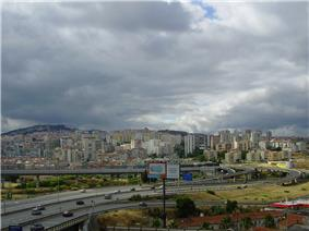 The urbanized core of Odivelas, intersected by many of the arterial expressways of the Lisbon Metropolitan Area