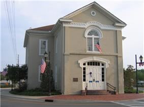 Columbiana City Hall