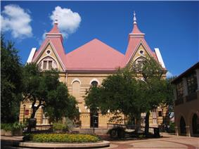 Old Main Building on Texas State's campus