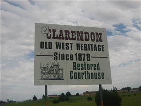 Clarendon welcome sign on United States Highway 287