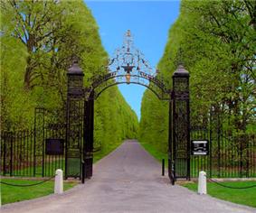 Gates to Old Westbury Gardens