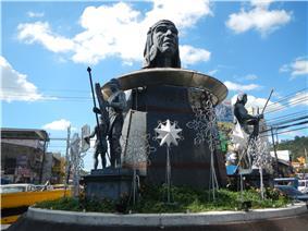 Ulo ng Apo monument located in Bajac-Bajac rotunda