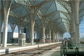 The Railway station in Lisbon has a fibreglass roof supported on piers with radiating arms resembling Gothic columns, arches and vaults
