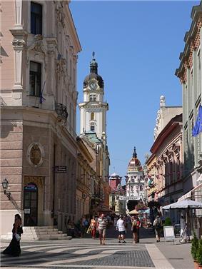 Pécs, Király St. and Színház Sq. corner.jpg