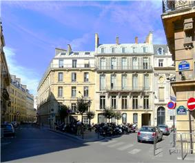 19th century buildings in Parisian style