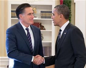 Romney and Obama shaking hands