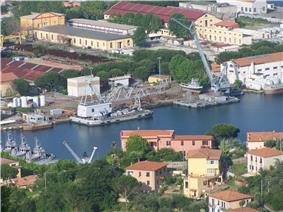 Panorama di La Spezia 08.jpg