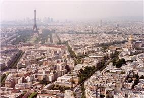 View over the 7th arrondissement, dominated by the Eiffel Tower, and the Invalides.