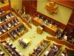 Parlamento Vasco.jpg
