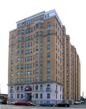 Pasadena Apartments