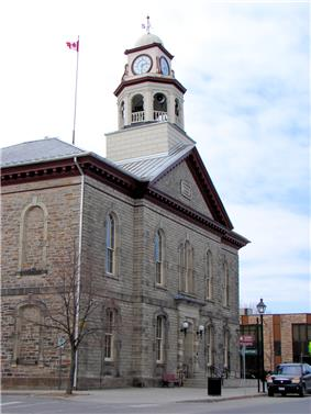 Exterior view of Perth Town Hall