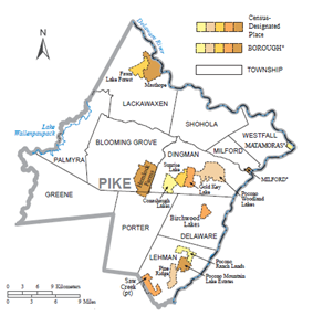 Political map of Pike County, Pennsylvania, with townships, boroughs, and census-designated places labeled. Townships are colored white and boroughs and CDPs are colored various shades of orange.