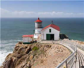 Point Reyes Lighthouse (April 2012).jpg