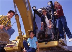 Popular Mechanics for Kids cast