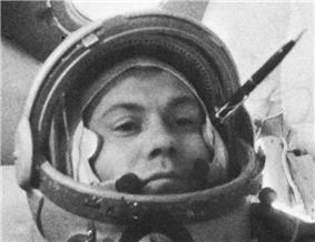 Popovich in Vostok 4