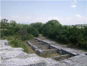 Preslav fortress 15.jpg
