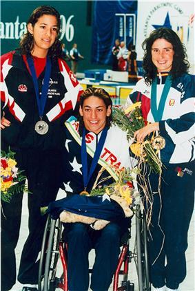 Priya Cooper and minor medallists 200 IM.jpg