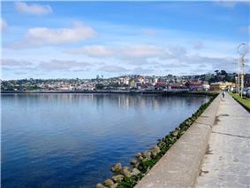 Coastal stroll of Puerto Montt