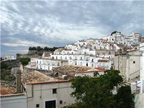 Puglia MonteSAngelo2 tango7174.jpg