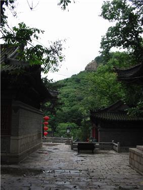 Qian Shan 3.jpg
