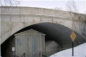 Queen Avenue Bridge