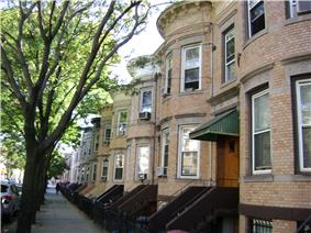 75th Avenue-61st Street Historic District