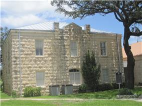 Real County Courthouse in Leakey