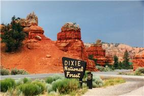 Scenic Byway 12 in Red Canyon.