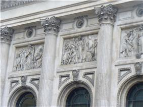 Relief on building in Bishopsgate, London 3.JPG