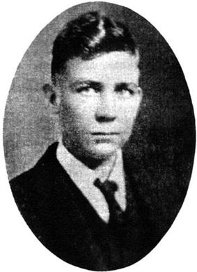 Professional portrait photograph of Robert E. Howard as a tenenager.