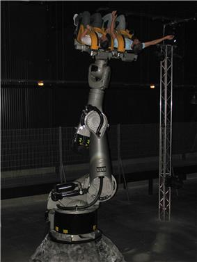 Robocoasters feature KUKA robotic arms, the same technology used on Harry Potter and the Forbidden Journey. Unlike the stationary robotic arms used in Robocoasters, the technology is used in conjunction with busbar track technology to provide a differing experience.