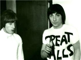 Roger Daltrey and Keith Moon backstage in 1967