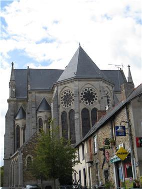 The church of Saint-Pierre-et-Saint-Paul, in Rougé