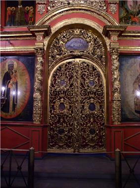 Russia-Moscow-Kremlin Museums Exhibitions-3.jpg