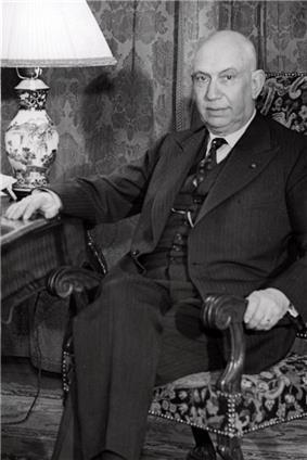 Josef van Schaik