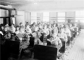 A classroom in Robert Emmet School from 1911.