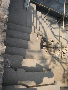 Sewri fort stairs.jpg