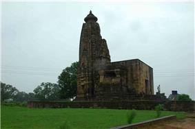 Temple-virat, Shahdol Shahdol railway station