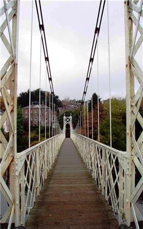 Looking north across Daly's bridge