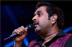 Shankar Mahadevan performing with Shankar-Ehsaan-Loy Trio at Idea Rocks India concert in Bangalore. (6 April 2013) (photo - Jim Ankan Deka)