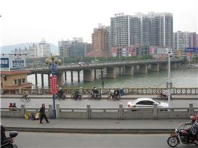 Qujiang Bridge (曲江桥)